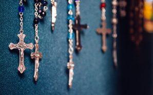 Chrześcijańskie pomysły na religijne prezenty, które odzwierciedlą twoją wiarę