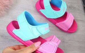 Czym powinny się charakteryzować sandały dziecięce?